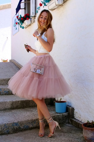Pink legal age teenager fur pie gets toyed - 3 1